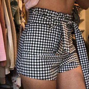 cute NEW gingham shorts